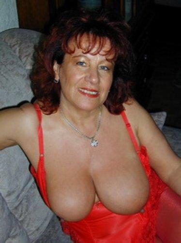 Hausfrau ficken hot sex with alternative german housewife 6